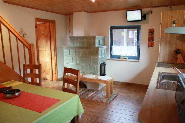 Ferienhaus mit Küchenzeile und Ofen